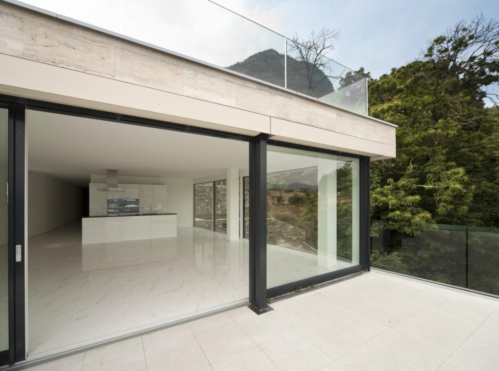 Outdoor Glass Walls